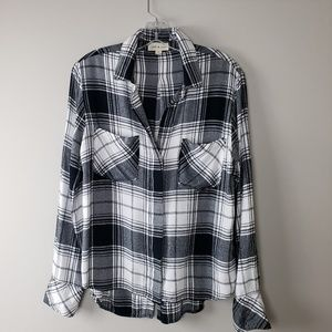 Cloth & Stone Flannel Button up Shirt Size Small